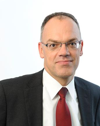 Rechtsanwalt Oliver Stumm, Ihr Ansprechpartner für Vertragsrecht