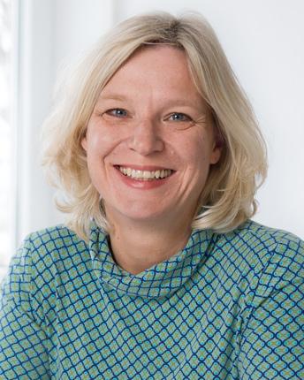 Beate Weber - Spezialistin für Steuerberatung und Wirtschaftsprüfung im Gesundheits-Sektor